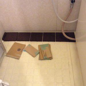 風呂・浴室 床 コルクタイルDIY貼り
